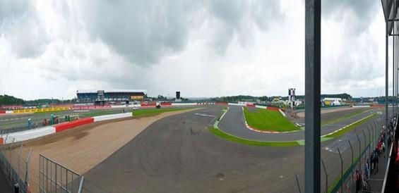 F1イギリス海外観戦ツアー