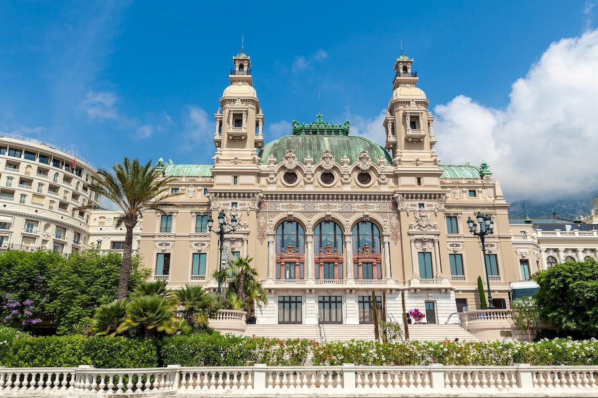 モナコのエリア情報をチェック